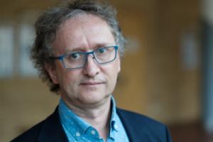 Prof. dr hab. Maciej Krawczyk