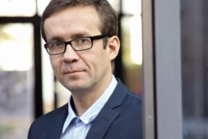 Dr hab. Jarosław W. Kłos, prof. UAM