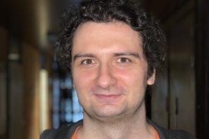 Dr. Tomasz Ślusarski